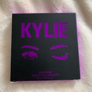 Kylie Jenner Pressed Powder Palette NWT